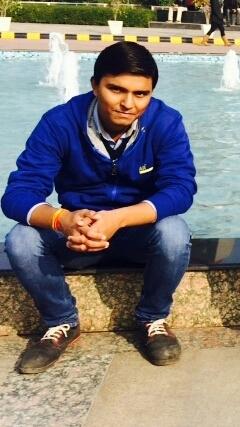 Akash Saraswat Travel Blogger