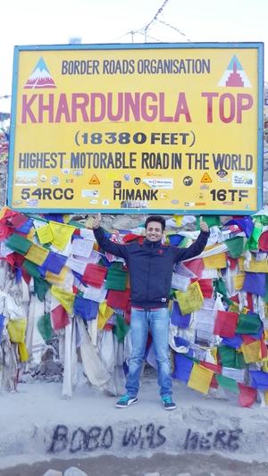 Ashish Riyal Travel Blogger