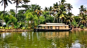 A Backwater Symphony from Alleppey to Kochi