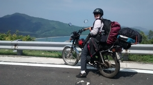 The story of my $40 ride across Vietnam : 1 Motorbike, 1 Girl - An Adventure of Lifetime.