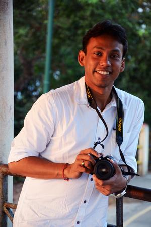 Araktim Saikia Travel Blogger