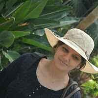 Esha Sharma Travel Blogger