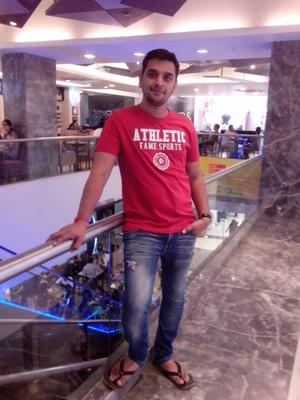 ABHISHEK MEHTA Travel Blogger