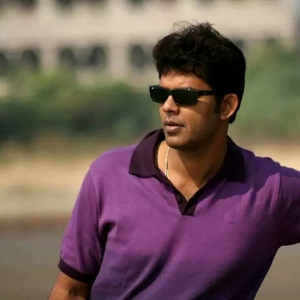 DR. Saptarshi Chatterjee Travel Blogger