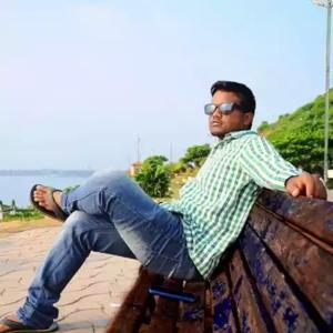 Nithin Mamidi Travel Blogger