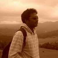 Rege Travel Blogger