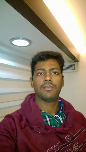 Cholapandiyan Chelsea Travel Blogger