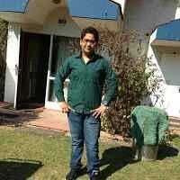 Aditya Issar Travel Blogger