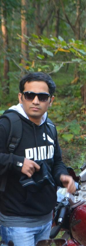 Adil Airani Travel Blogger