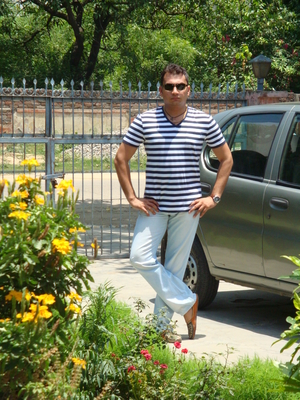 anuj garg Travel Blogger