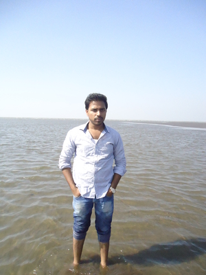 Ravindra Kapse Travel Blogger