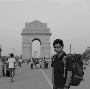 Manish Travel Blogger