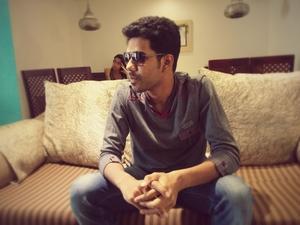 Giri Travel Blogger