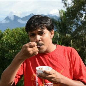 Karthik YR Travel Blogger