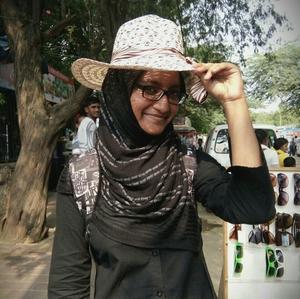 ashraf.arsila Travel Blogger