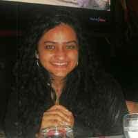 Zahra Contractor Travel Blogger