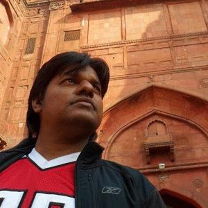 v Kishan das Travel Blogger
