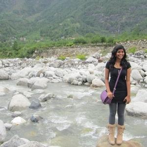 Nicole Ferreira Travel Blogger