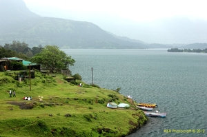 One day excursion to Bhandardara