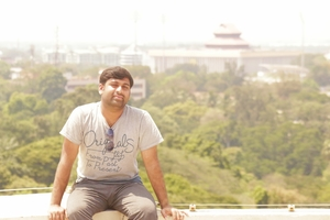 Vishnu Prabhakar Travel Blogger