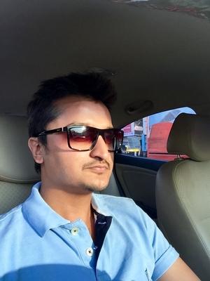 Namit Travel Blogger
