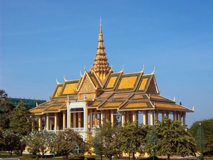 Phnom Penh – Palaces and street food