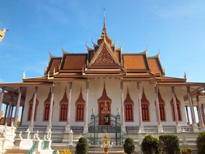Phnom Penh – Palaces and street food