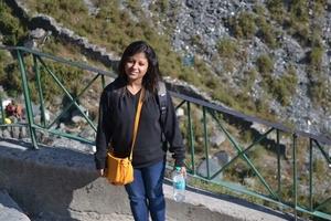 shiney saha Travel Blogger