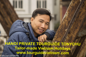 Tony Tours Travel Blogger