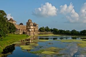 Exploring Mandu - The Afghan City of Joy in India