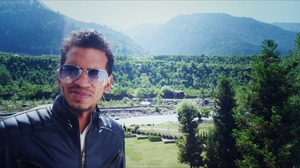 akhil Travel Blogger