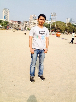 rahul thakur Travel Blogger