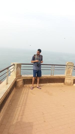 Manish Idnani Travel Blogger