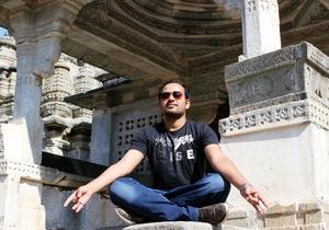 Hitesh Jaiswal Travel Blogger