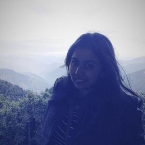 Ishita Lohani Travel Blogger