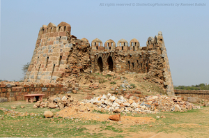 A secluded place: Tughlaqabad Fort