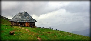 A hidden grace-Prashar with floating Island