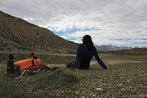 Kaveri Mayra  Travel Blogger