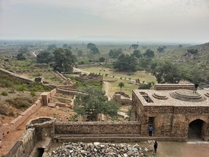 Haunted Bhangarh -- Facts vs Myths