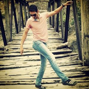 Pankaj Dharwal Travel Blogger