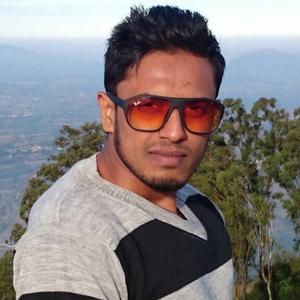 Shaikh Farooq Travel Blogger