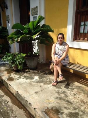 Insiya Pithawala Travel Blogger