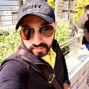 Ricky Travel Blogger