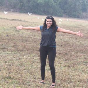prisc Travel Blogger
