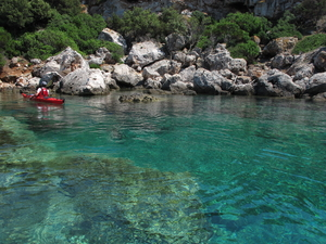 Kayaking in Croatia - Discovering Vis Island in 4