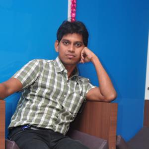Avinash Mayekar Travel Blogger