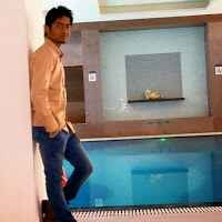 Parth Thakkar Travel Blogger