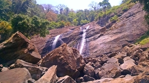 Day Trek- Keezharakuthu Waterfalls, Kerala