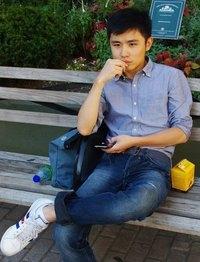 Yushu Zhou Travel Blogger