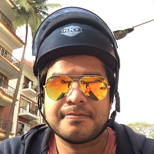 Arshad Dalla Travel Blogger